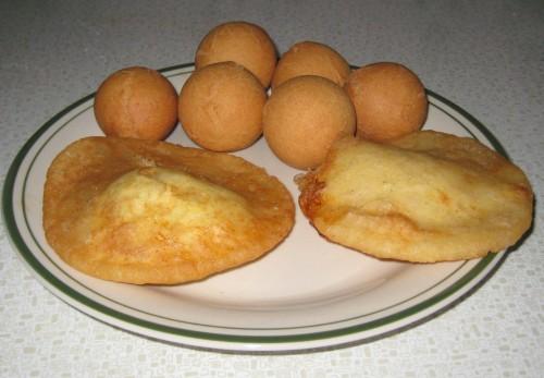 ... huevo in the hole served with arepa de huevo after final the 2 hole of